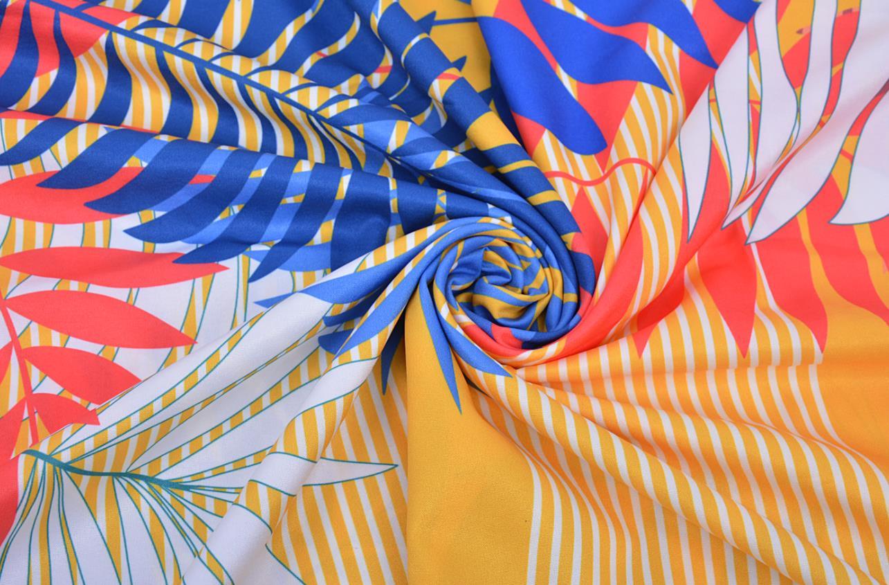V-neck Floral print kaftan with side split