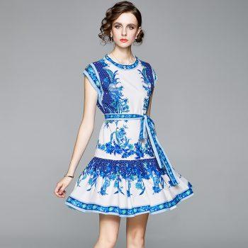Porceline dress
