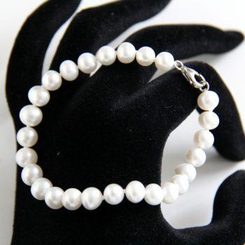 Round Freshwater Pearl Bracelet