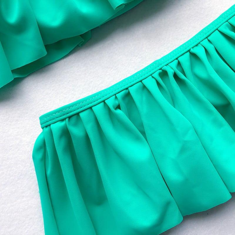Classic green bikini with ruffle