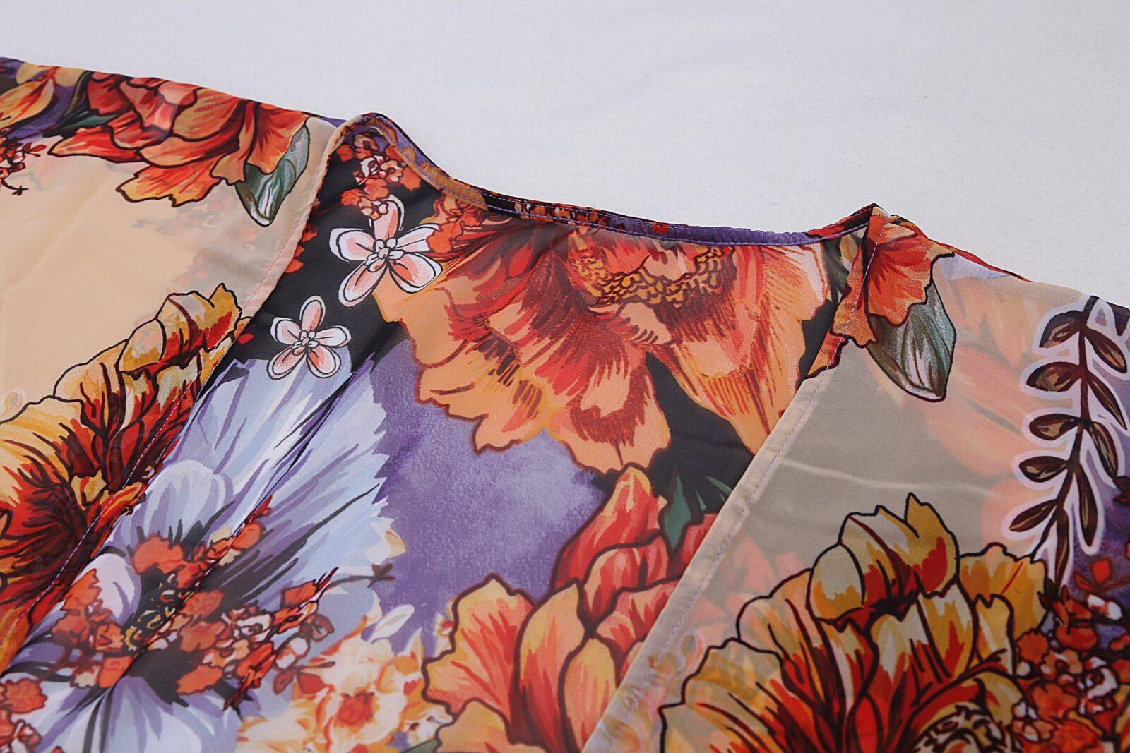 Multi-colour V-neck kaftan