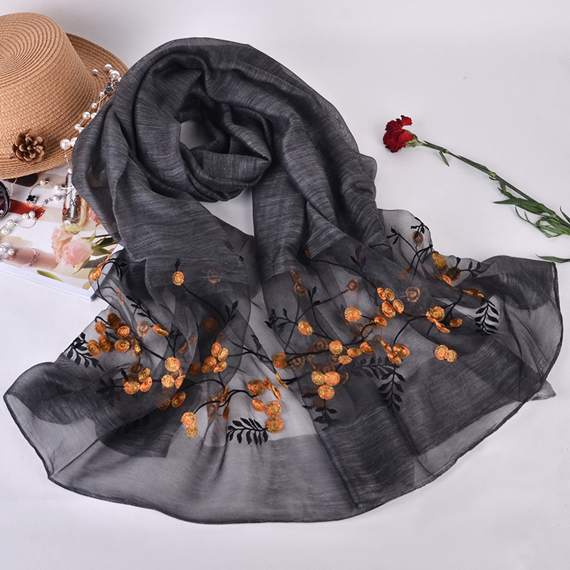 Silk scarf with embroidery - Black