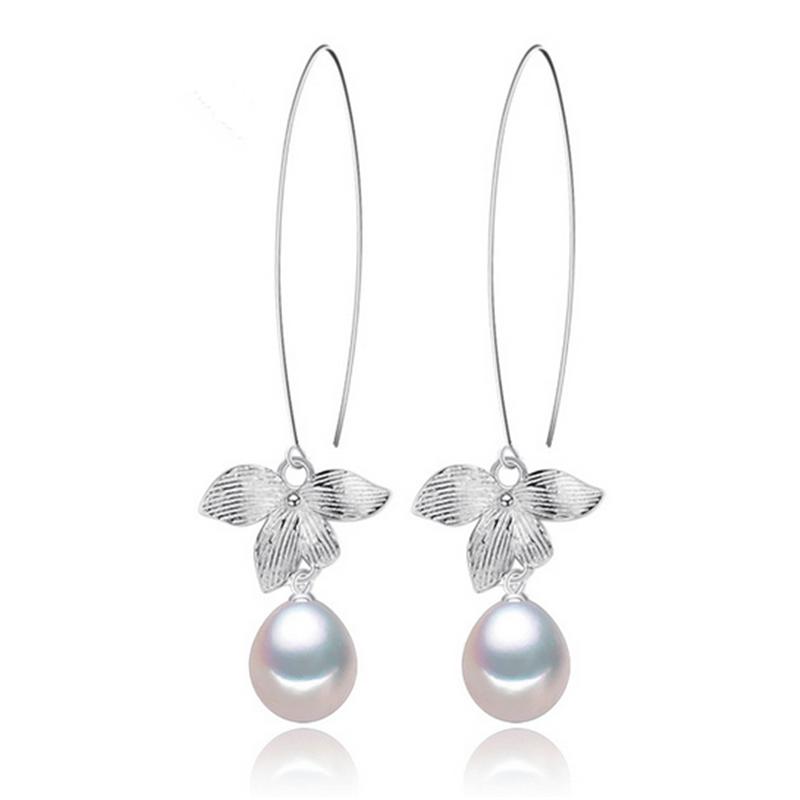 Drop freshwater pearl earrings