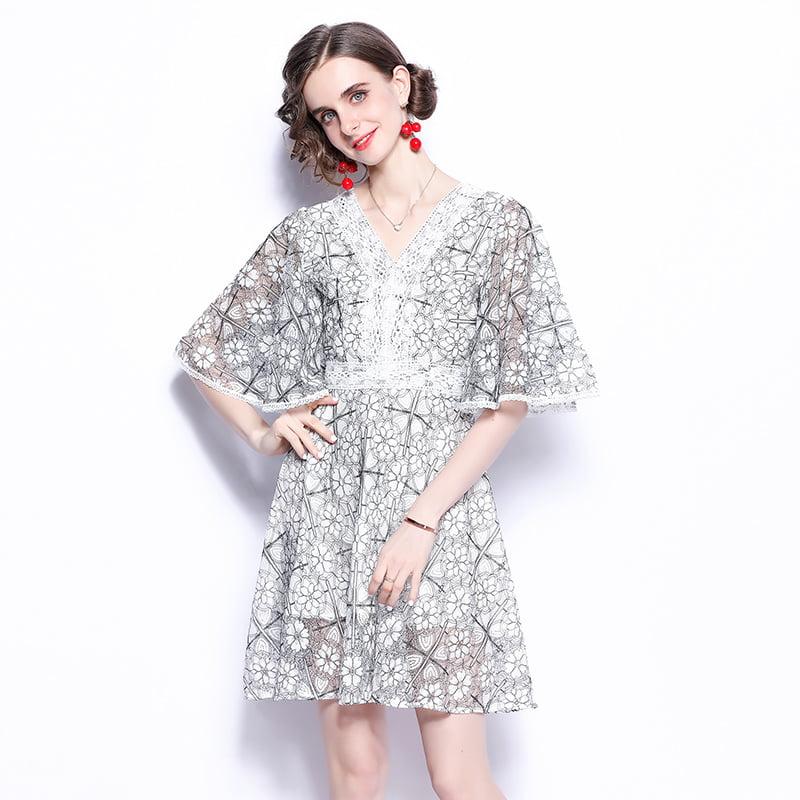 Flare sleeves dress